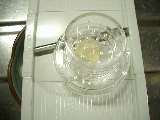 おろし器用安全ホルダー大小セット 日本製 made in japan 100円ショップ Can Do キャンドゥ